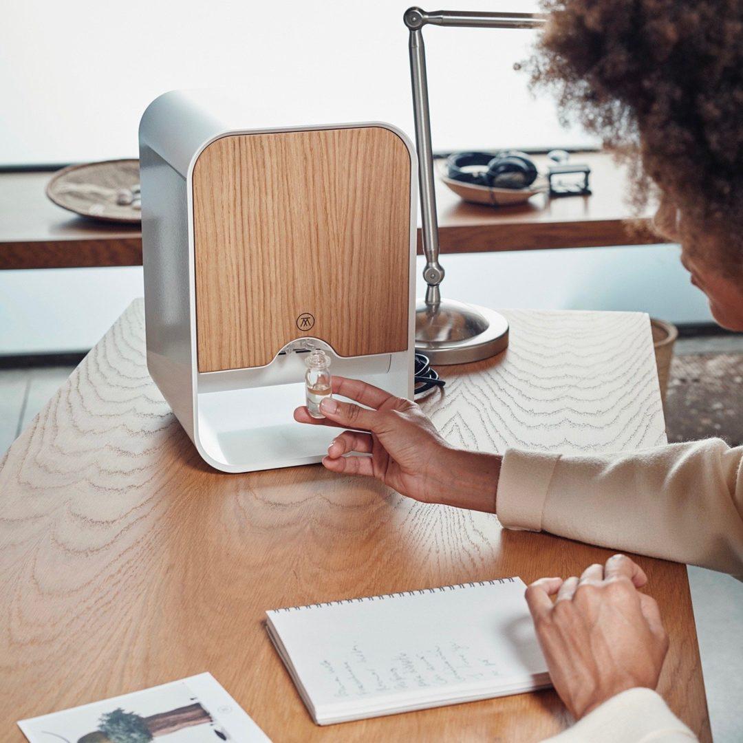 Sistema de recomendación y asistente virtual